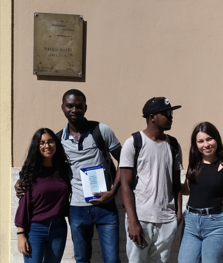 Persone, rifugiati, beneficiari… universitari
